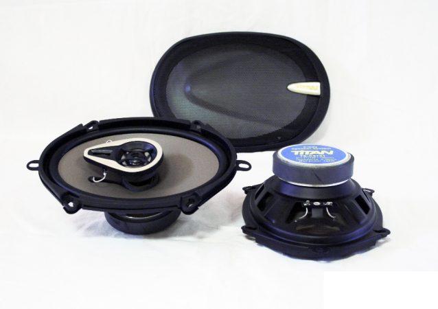Titan 5'x 7' közepes ovál hangszóró képe