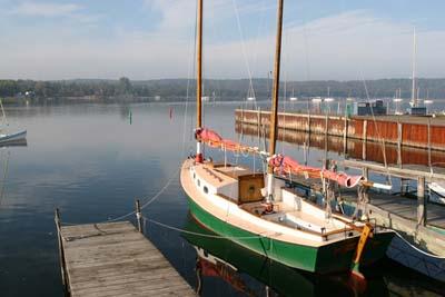 Hajótolvaj, hajólopás, hajófeltörés