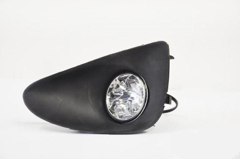 TOYOTA YARIS 2011-től Autóspecifikus Ködlámpa keretbe épített ledes menetfény képe
